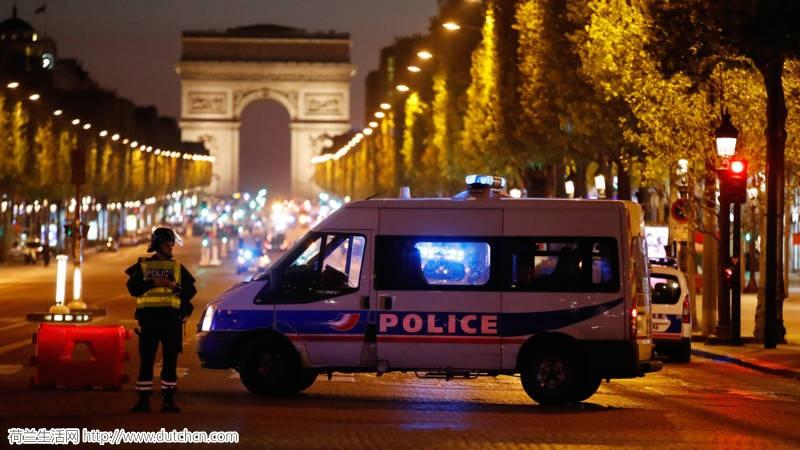 突发!巴黎香榭丽舍大街发生枪击,警察1死1伤