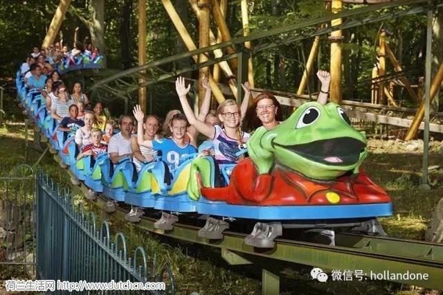 荷兰有心人办网站,让游客前往游乐场能够省钱