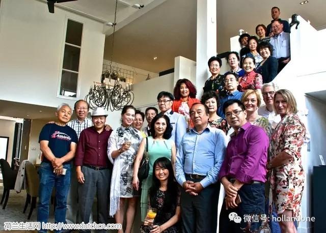 离蒙德里安故居不远的荷兰画廊,旅荷中国艺术家谢泉画个展开幕