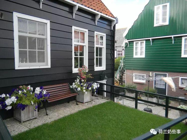 想省钱想舒适还想赶时髦?住荷兰的环保屋吧!
