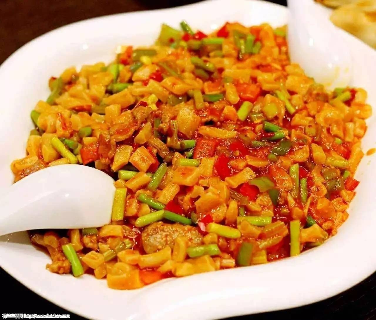 免费试吃 | 去荷兰这家餐厅,让你感受下新疆菜+北方菜有多惊艳!
