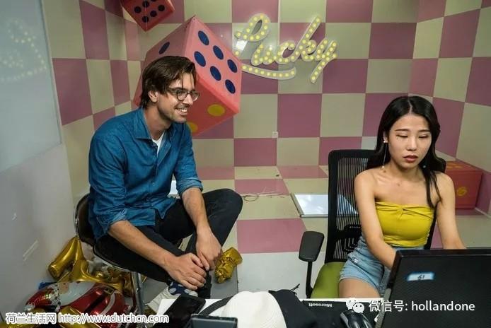 """那个""""和中国没完""""的荷兰青年,走遍中国后,又拍了部新的纪录片"""
