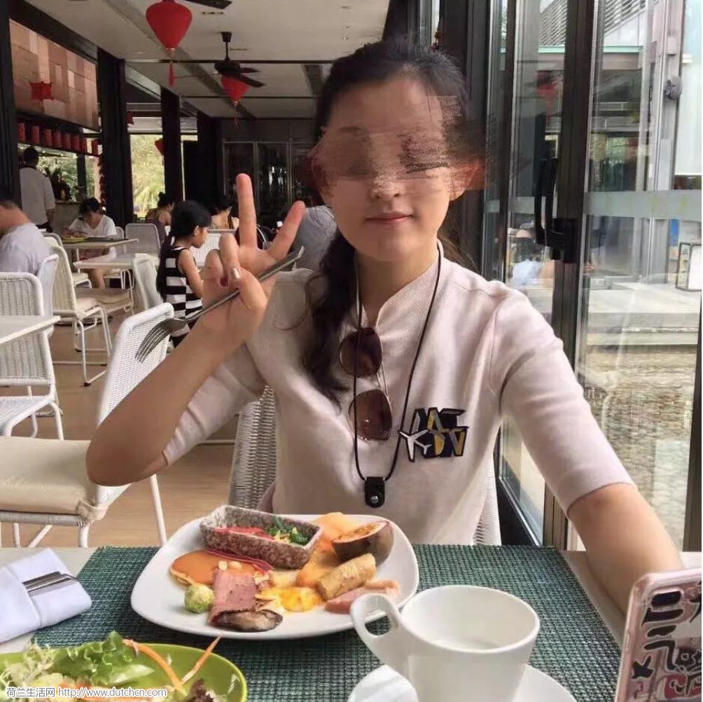 中国女留学生骗光爸爸300万积蓄,拉黑全家!父亲崩溃曝光不孝女