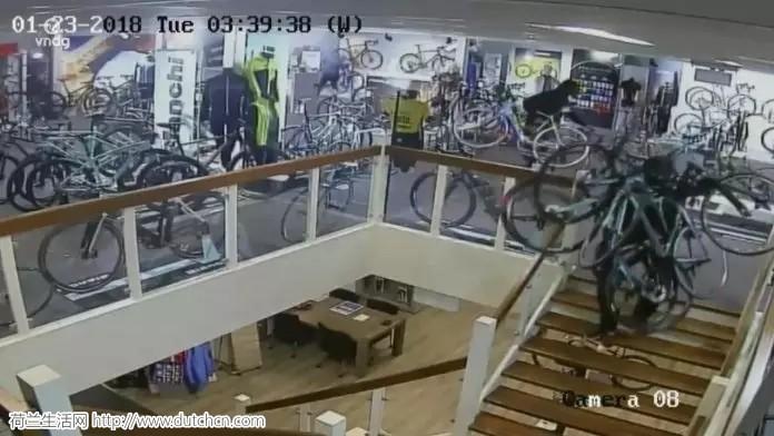 蒂尔堡惊现疯狂偷车贼,数10万欧的自行车不翼而飞