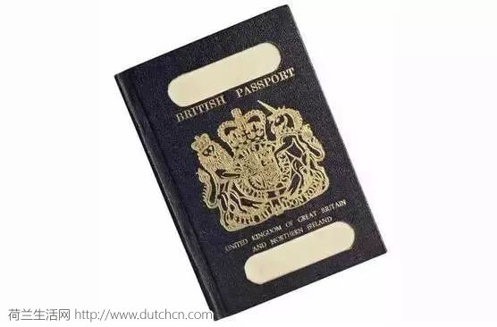 亲娘嘞!原来各国护照的打开方式是这样的!是贫穷限制了我的想象力…