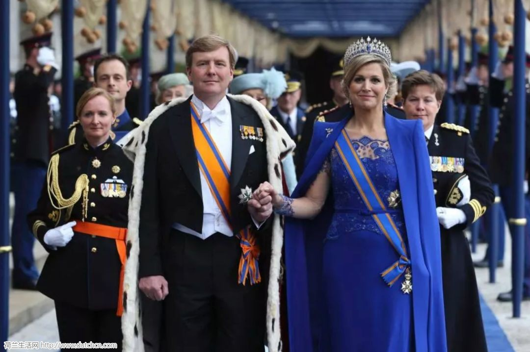 为娶她,荷兰国王甘愿放弃王位,这个平民女孩的人生是大写的霸气!