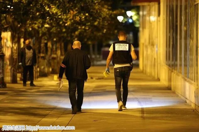 阿富汗国籍的男子在巴黎持刀捅人,共7人受伤!大家注意安全!