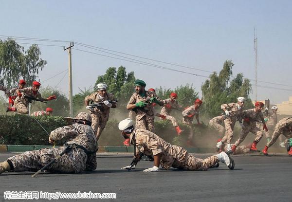 荷兰使馆窝藏恐怖分子?伊朗阅兵式遭恐袭已致25人死亡