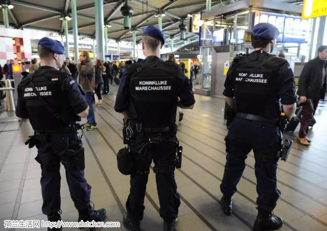 美国国务院宣布提高荷兰恐怖袭击预警级别 呼吁本国游客小心