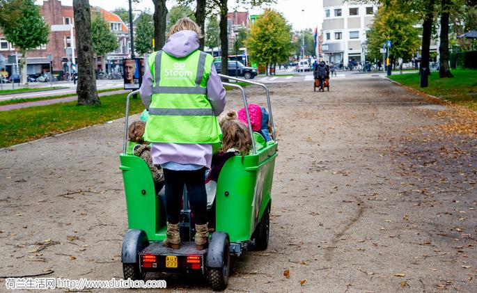 不满被禁!电动斗车厂家和幼儿园将荷兰交通部长告上法庭