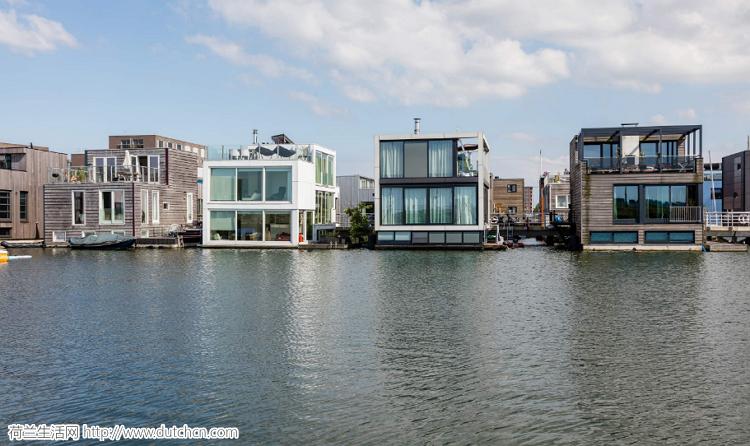荷兰这个建在海上的人工漂浮岛,成为将被淹没的海岛新救星