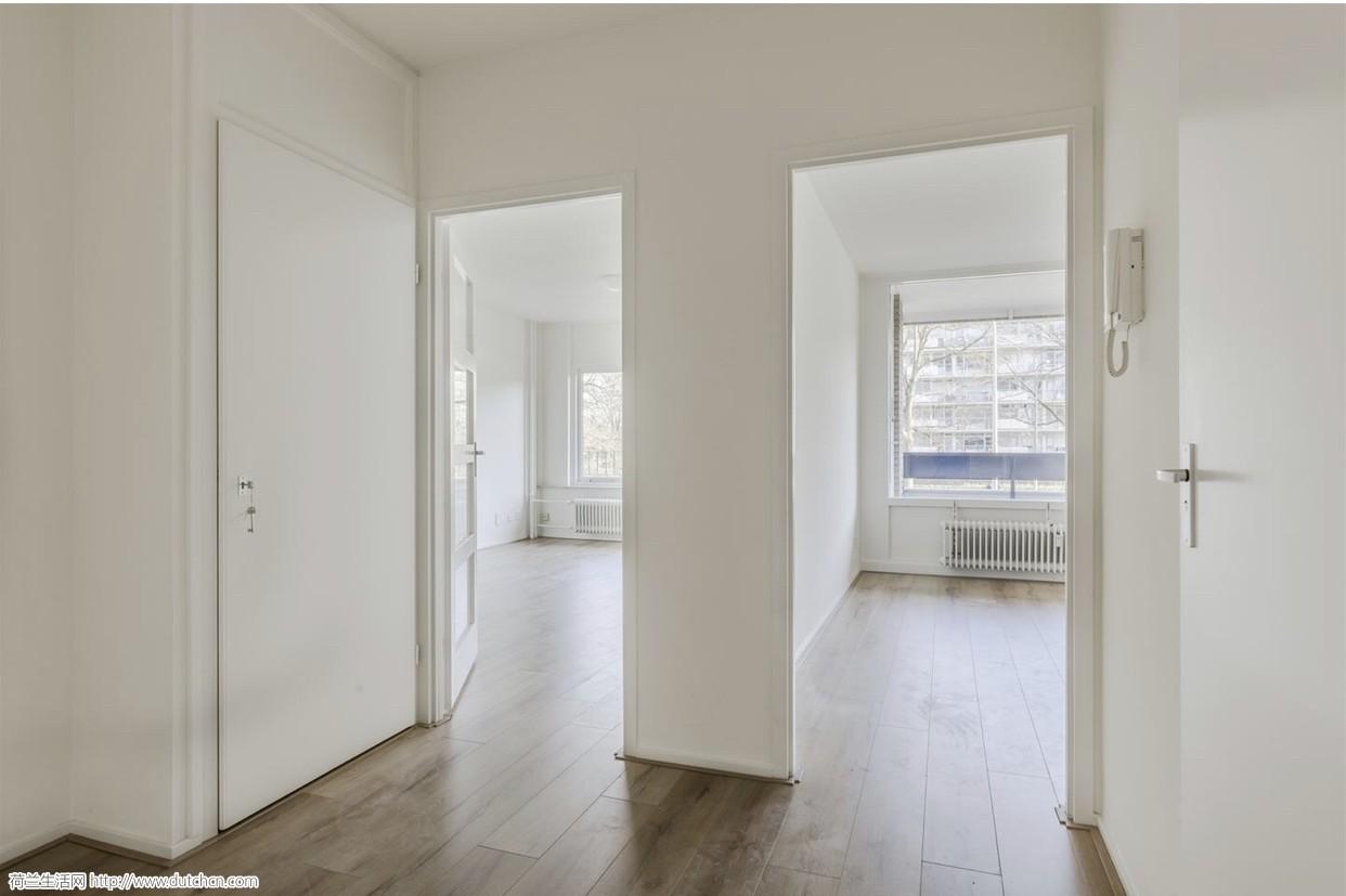 Amstelveen全新装修房出租,一室一厅,5月15起租