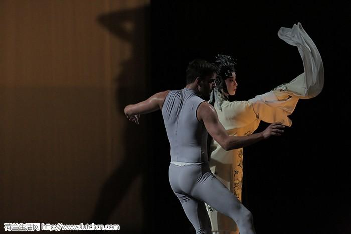 昆曲现代舞牡丹亭《游园惊梦》试演成功,即将赴荷演出