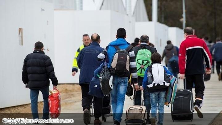团伙伪造签证将叙难民走私到德国荷兰 被德方捣毁