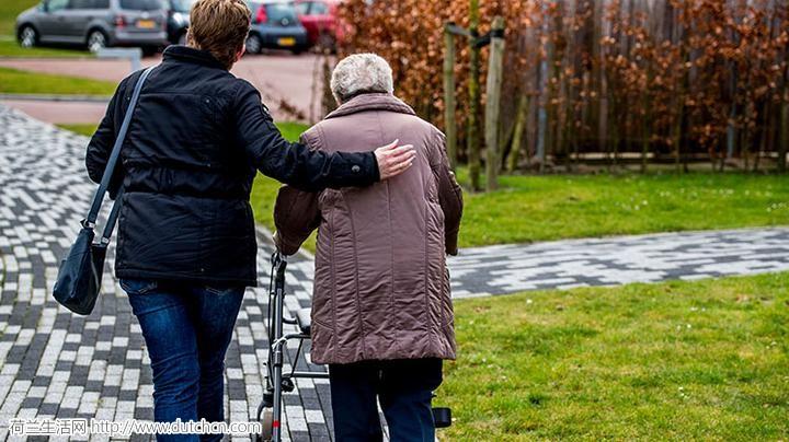 荷兰需要非正式护理的老人增多,护工人数不足