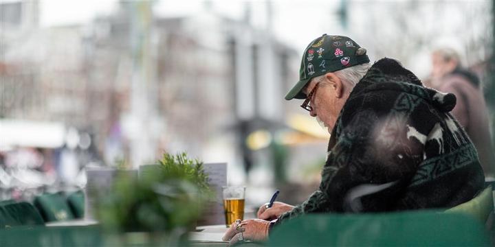 """荷兰""""年轻的老年人""""通常比欧盟国家同龄人富裕"""