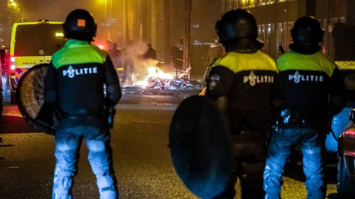 荷兰跨年夜发生9000多起事件,同比增加近400起