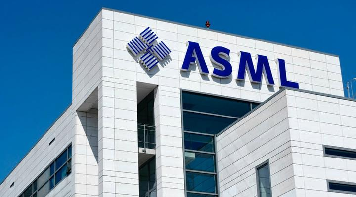 荷兰芯片机制造商ASML去年营业额118亿欧元,创历史最高纪录