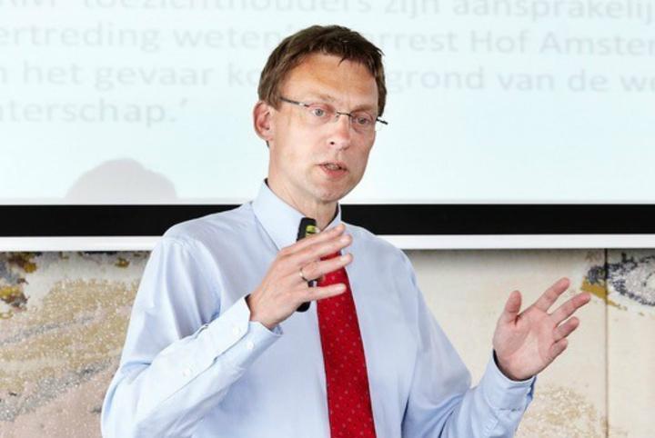 【述评】荷兰新冠疫情恶化至今,此人脱不了干系