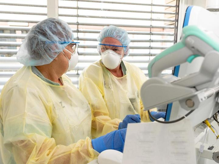 荷兰20,000名前医务人员加入抗疫大军
