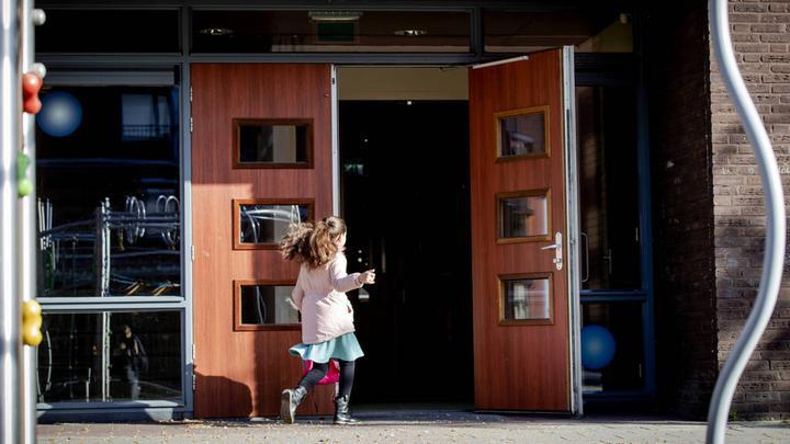 担心病毒感染,荷兰55,000名儿童没有如期上学