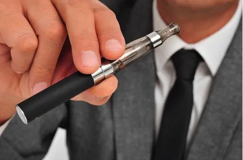 研究表明可能致癌,荷兰考虑出台新规来限制电子烟的使用?