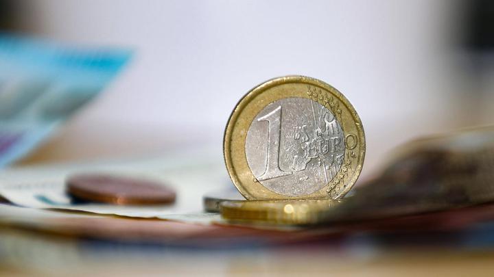 荷兰50万员工不能领到度假金