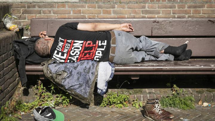 荷兰无家可归者增多,内阁计划提供一万个住处