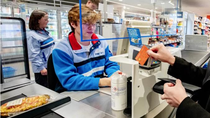 荷兰最大连锁超市涨价?生活成本高涨?AH负责人回复了