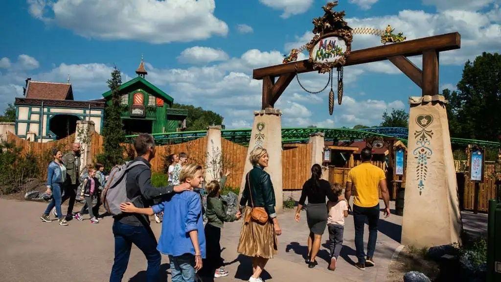 荷兰Efteling主题乐园推出全新过山车,目前已经开放预约