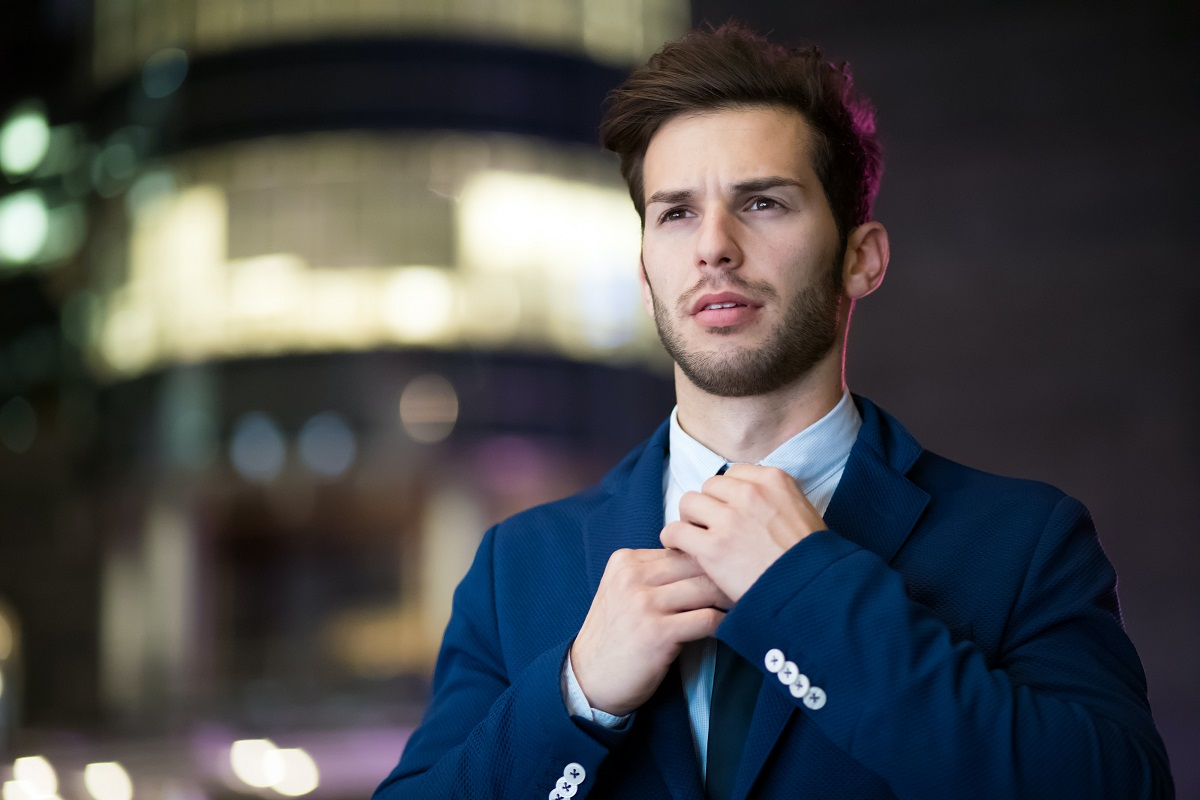 man-wearing-blue-suit-2897883.jpg