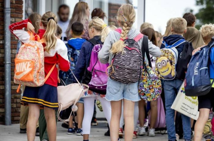 荷兰学校的限制措施有望很快放松,当前措施容易造成大面积停课